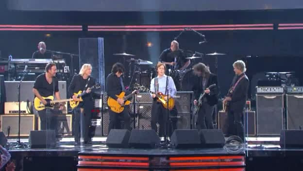 Bruce Springsteen, Joe Walsh, Rusty Anderson, Paul McCartney, Dave Grohl, and Brian Ray performing THE END on 12 Feb 2012 at Staples Center, Los Angeles, CA (taken from the CBS broadcast)