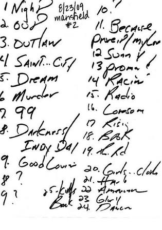 Handwritten setlist for the 23 Aug 2009 show at Comcast Center, Mansfield, MA